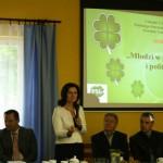 Minister Ilona Antoniszyn Klik